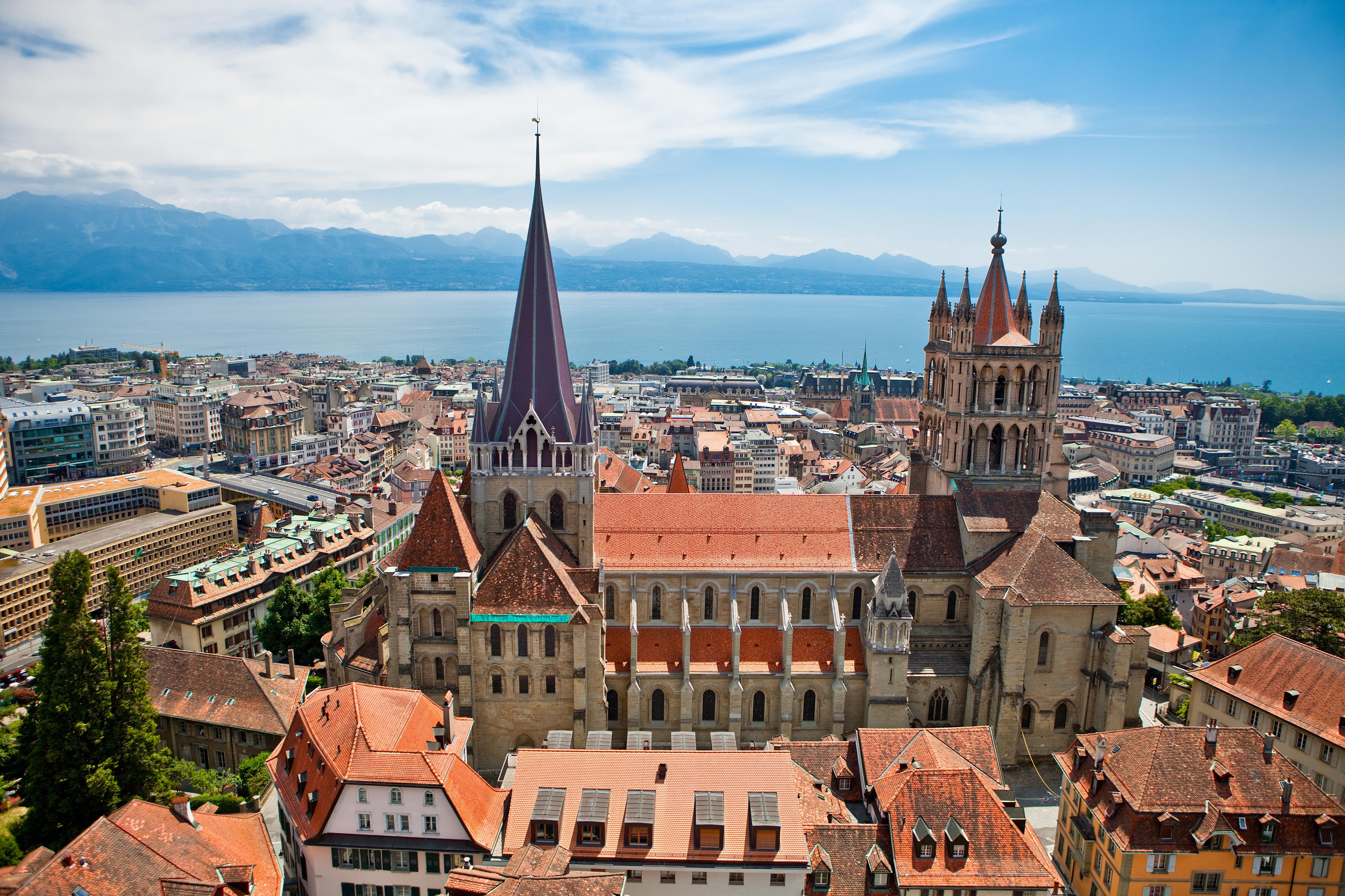 Vue générale sur la Cathédrale de Lausanne